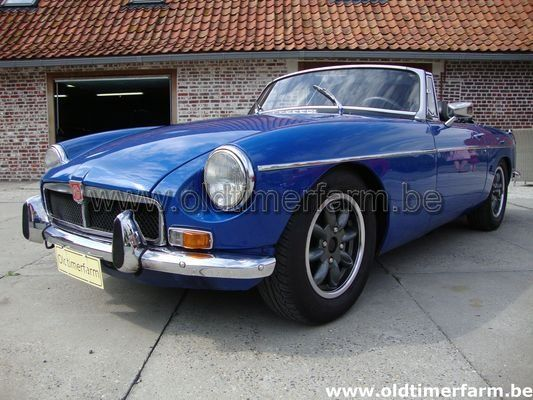MG  B Blue  LHD 1972 (1972)