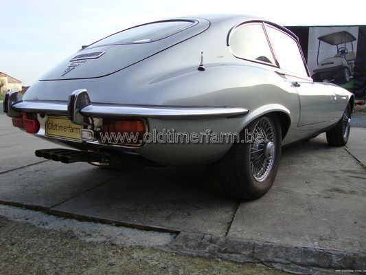 Jaguar E-Type FHC SIII grey (1971)