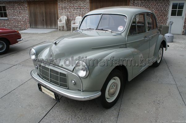 Morris Minor  1000 Grey  4doors (1953)