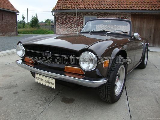 Triumph TR6 1972 Dark Brown (1972)