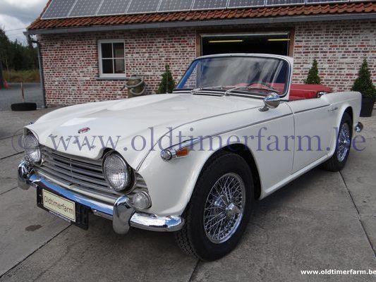 Triumph TR 4 A White  (1966)