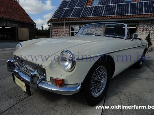 MG B Old English White LHD  (1966)