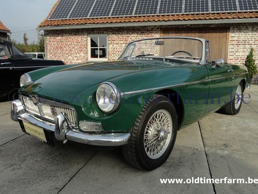 MG  B Green LHD 1967 (1967)