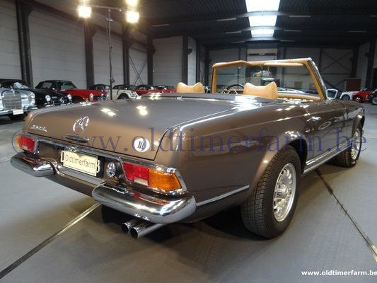 Mercedes-Benz 280SL Pagode Brown (1971)