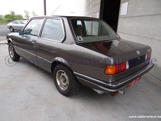 BMW 320 (1978)