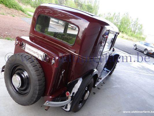Peugeot  201C Berline (1932)