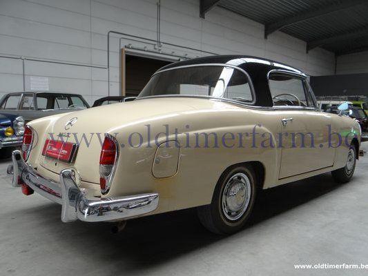 Mercedes-Benz 220 SE Ponton  (1960)