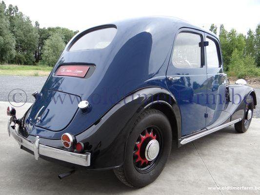 Renault  Celtaquatre  (1936)