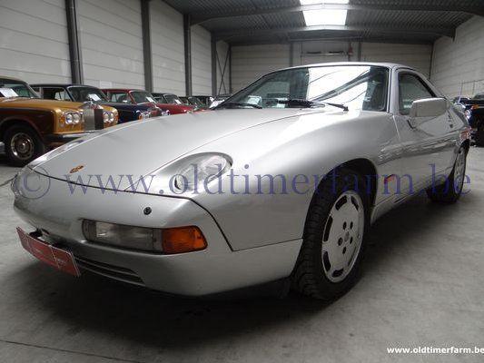 Porsche  928 S4 (1987)