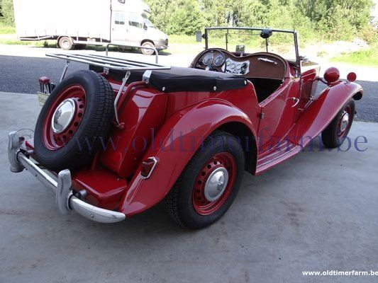 MG  TD red  (1951)