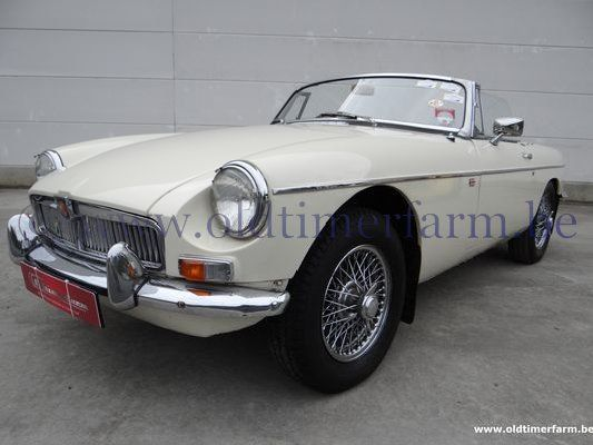 MG B RHD Old English White