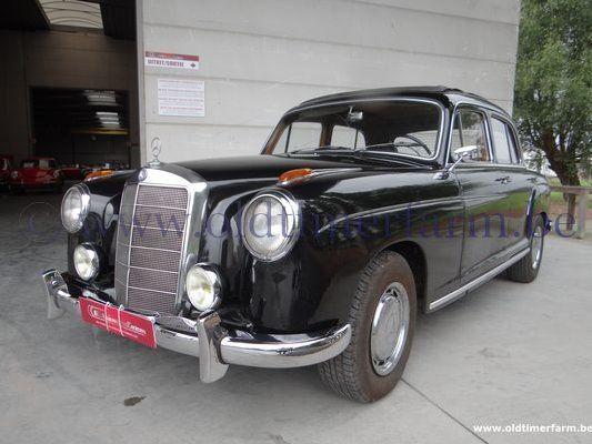 Mercedes-Benz 220S Ponton (1957)