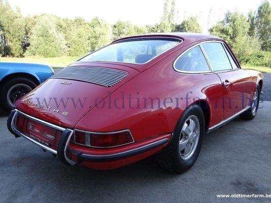 Porsche 911 T 2.2  Red