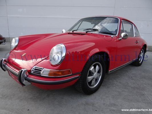 Porsche  911 E Coupé Red