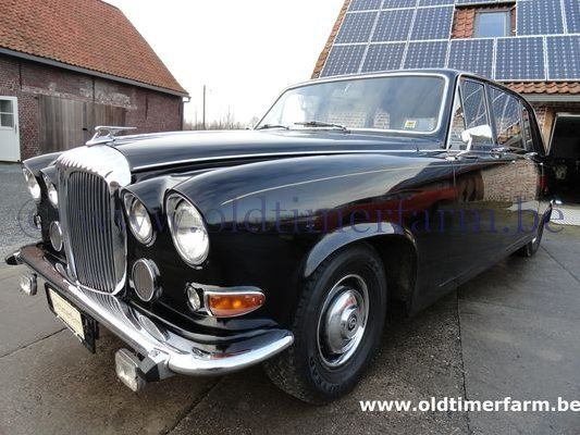 Daimler  DS 420 Black 3440 '77 (1977)