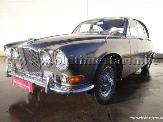 Jaguar  420 (1964)