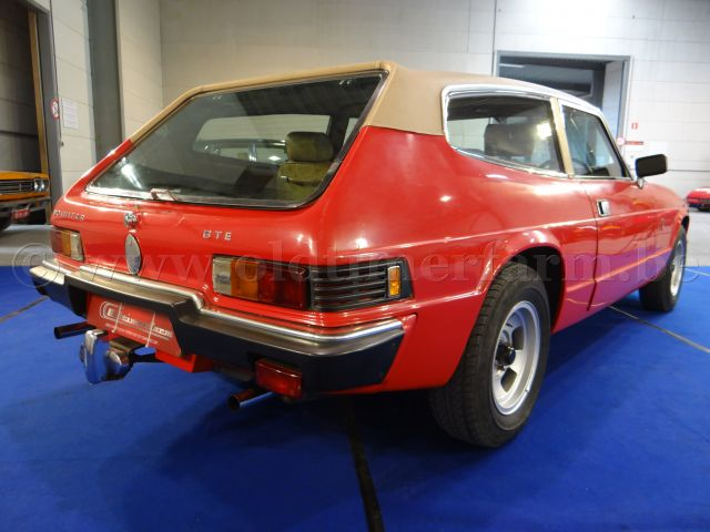 Reliant Scimitar GTE Aut. Red '77 (1977)