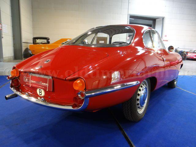 Alfa Romeo Giulietta Sprint Spécial Red