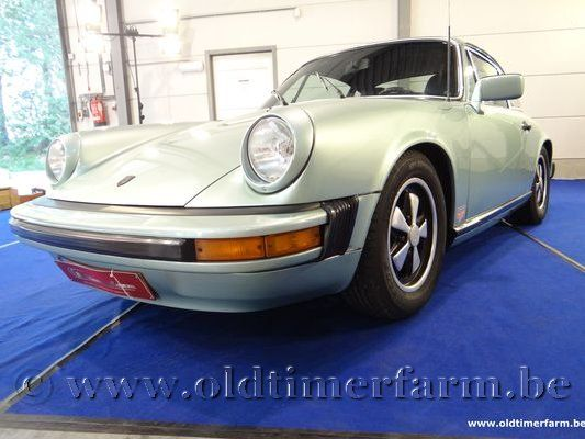 Porsche  911 2.7 Light Green (1977)