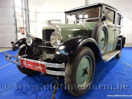 La Licorne Four Door '27 (1927)