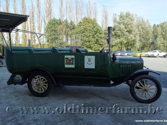 Ford T Charabanc 17 Seater '24  (1924)