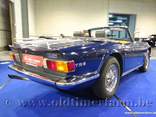 Triumph TR 6 PI Blue