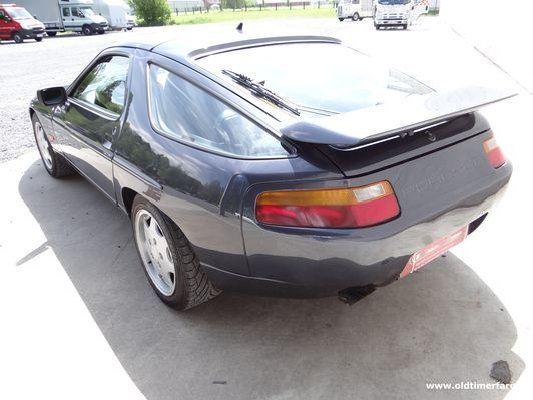 Porsche 928 GT V8 Blue