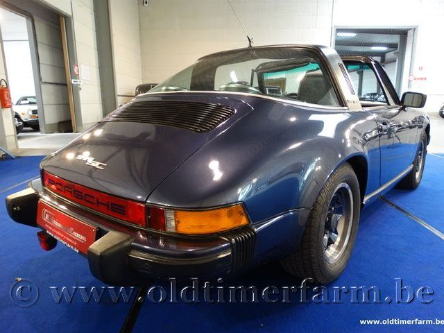 Porsche 911 3.0 SC Targa Blue