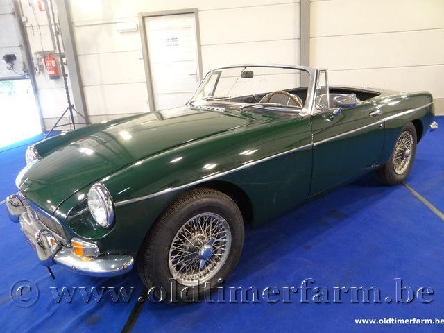 MG B LHD Britisch Racing Green