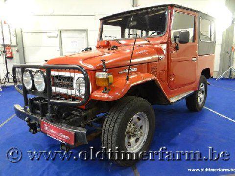 Toyota Land Cruiser B-Engine Free Born Red '77
