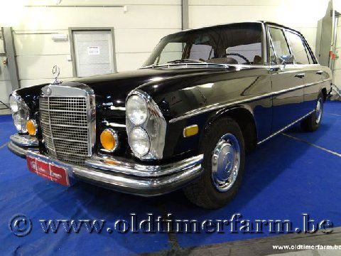 Mercedes-Benz 280SEL Black