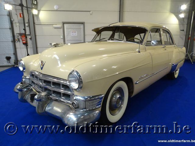 Cadillac 61 Series Touring Sedan '49