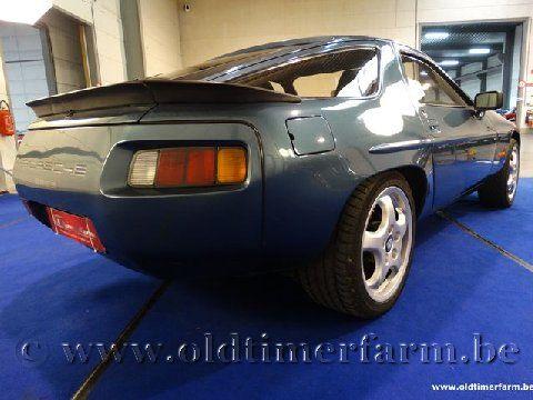 Porsche 928 Petrol Blue