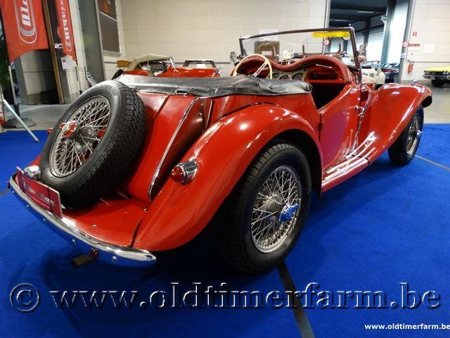 MG TF Roadster Red