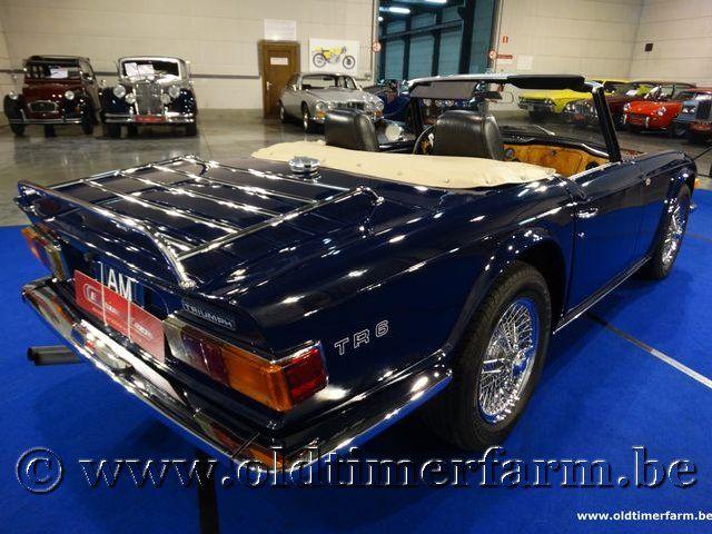 Triumph TR 6 Blue