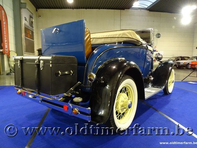 Ford A Roadster Deluxe