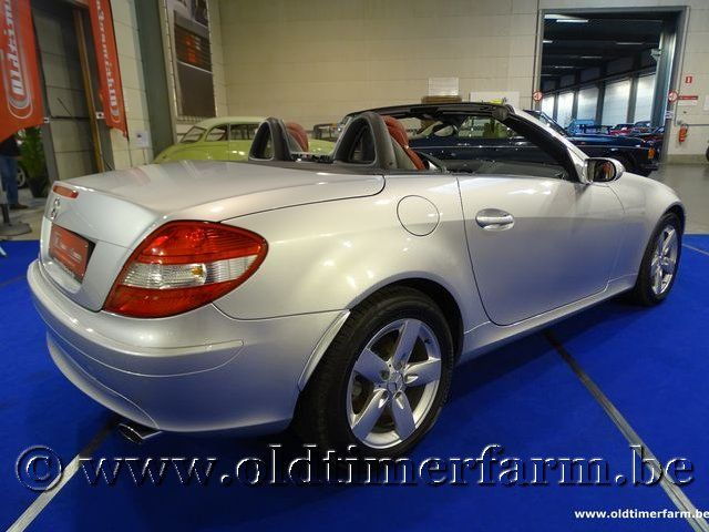 mercedes benz slk 200 kompressor 2005 2005 vendue ch6480. Black Bedroom Furniture Sets. Home Design Ideas