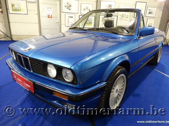BMW 318i E30 Cabriolet Neon Blue '91