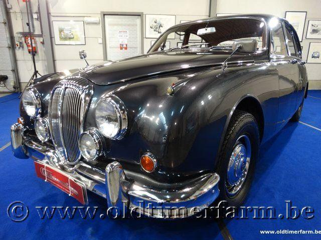 Daimler 2½ Litre V8 Saloon '66