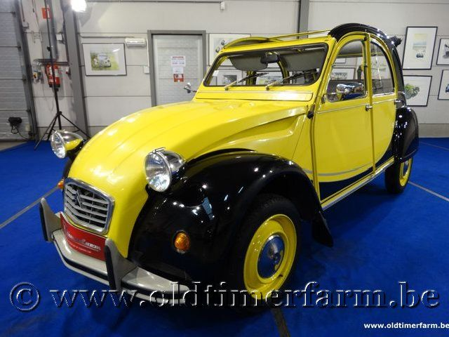Citroën 2CV Charleston Black & Yellow