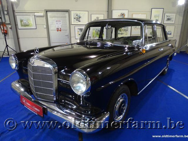 Mercedes-Benz 190 W110 '64