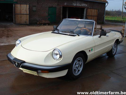 Alfa Romeo Spider 3 (1983)
