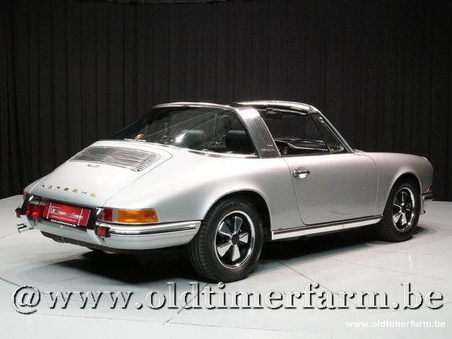 Porsche 911 2.2T Targa Grey