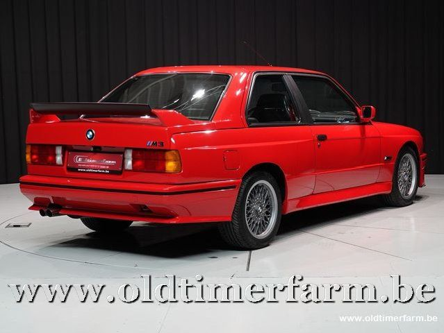 BMW E30 M3 Sport Evolution Brilliant Red