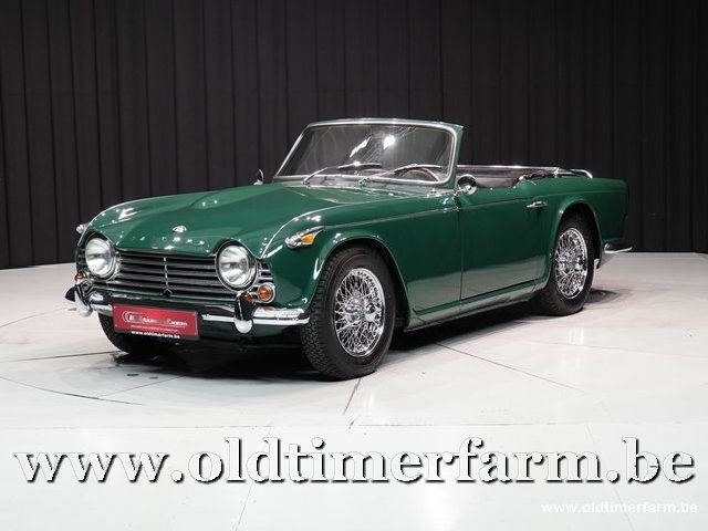 Triumph TR 4A IRS Green '65