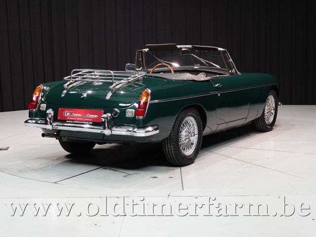 MG B Roadster British Racing Green