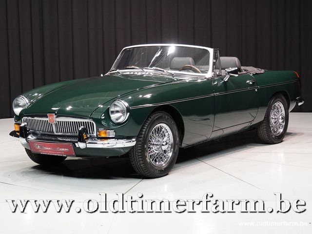 MG B Roadster Green