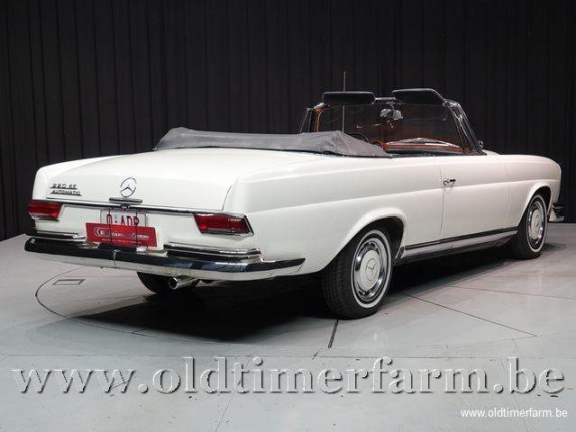 Mercedes-Benz 220SE '64 (1964)