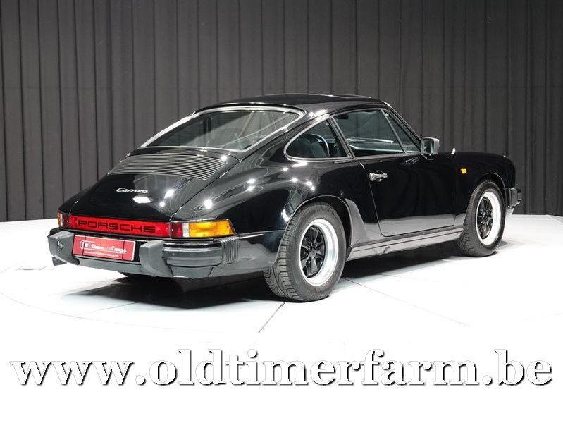 Porsche 911 3.2 Carrera Coupé Black