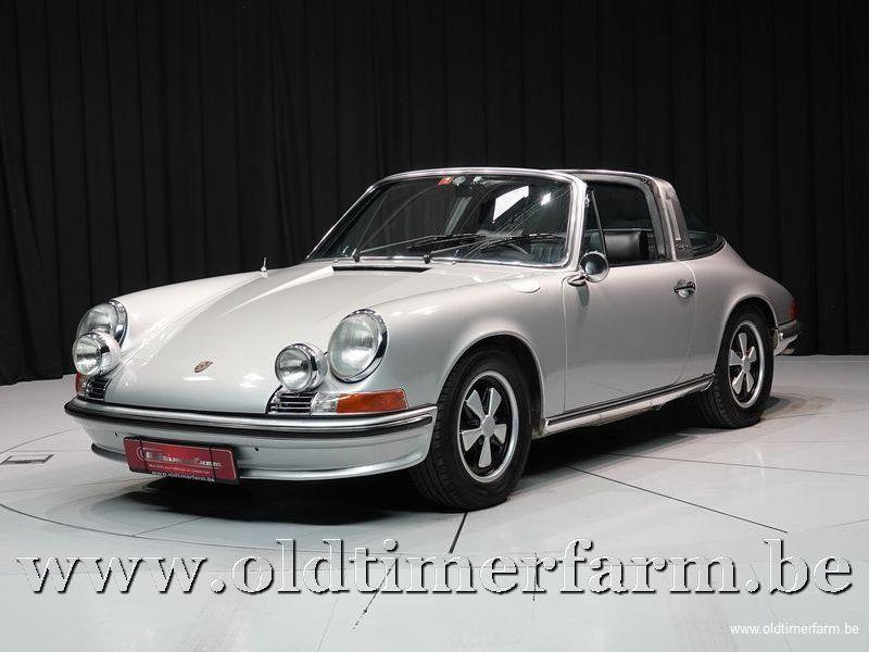 Porsche 911 2.4E Targa